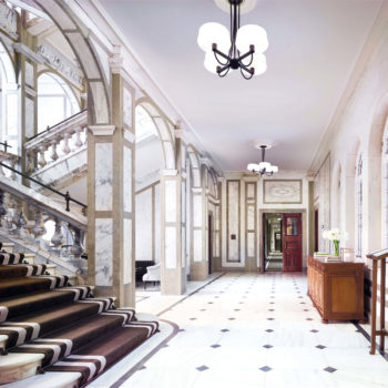 Rosewood-London_Grand-Marble-Staircase-1